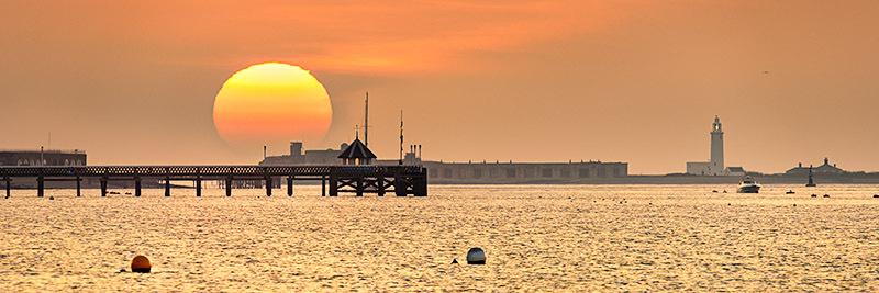 1660 Yarmouth Pier - Totland, Yarmouth and Newtown panoramics