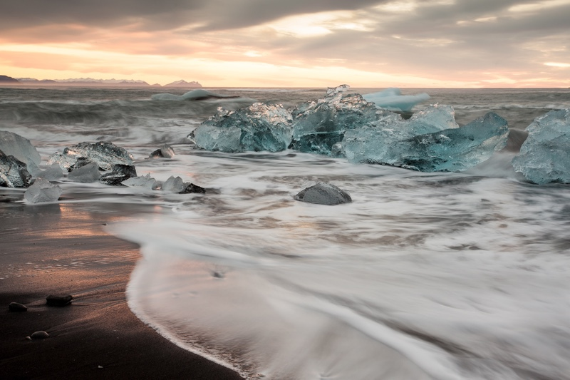 Early Morning at the Ice Beach, Iceland - Iceland