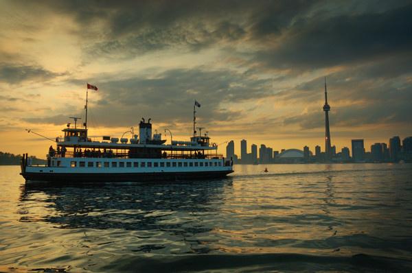 Toronto Skyline - URBAN / RURAL ARCHITECTURE