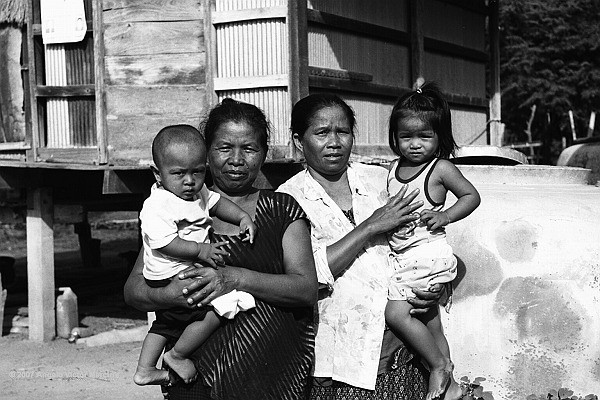 605 - Thai Country People
