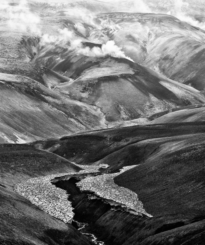 Reykjadalur - Black and White
