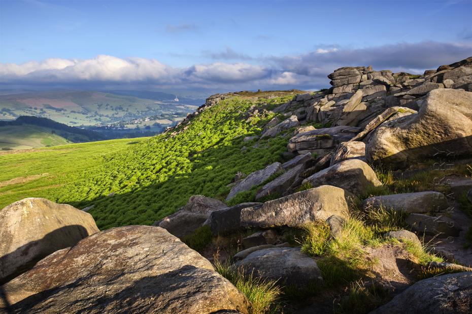 Higger Tor landscape on a sunny morning