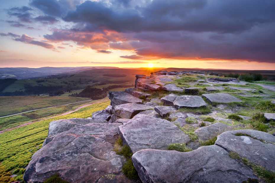 Beautiful sunset photograph from Stanage Edge