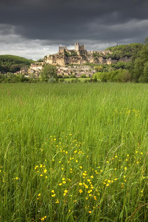 Striking image of Beynac in the Dordogne