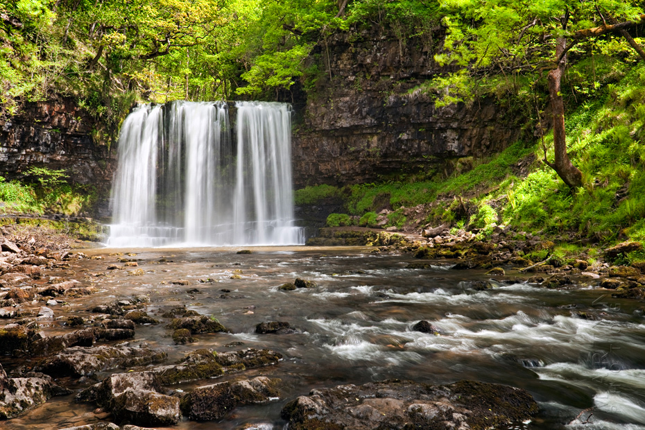 Photograph of a lovely waterfall in the stunning Brecon Beacons National Park