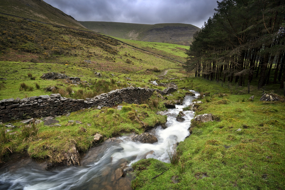 Striking image of the River Gawr in South Wales