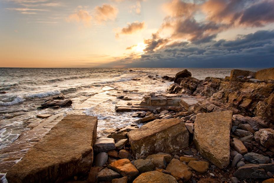 Spectacular warm sunlight on the Dorset coast