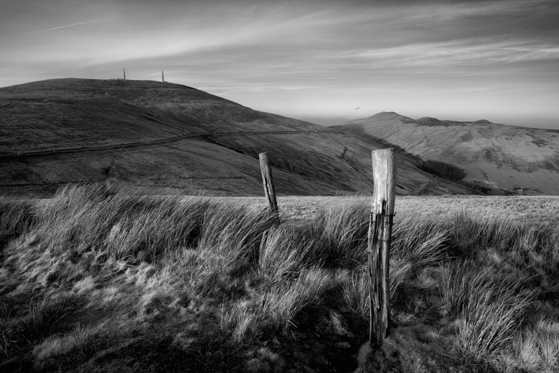 The Old Gate Posts - Mann in Mono