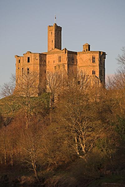 Warkworth Castle - Architecture