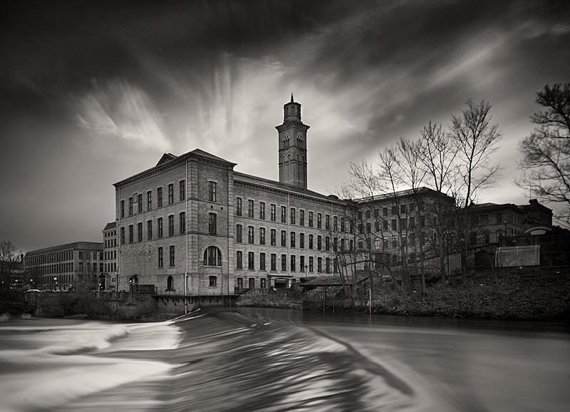 Salts Mill Weir - Architecture