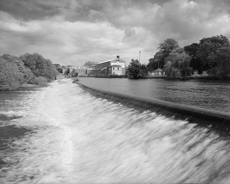 Otley Weir (with Garnetts Mill) - Water