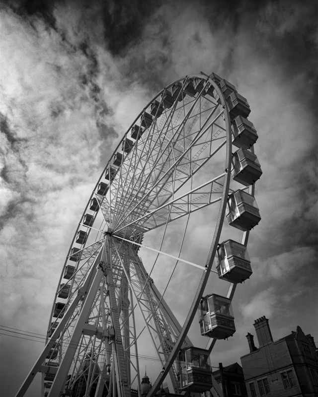 Big Wheel in Leeds - Architecture