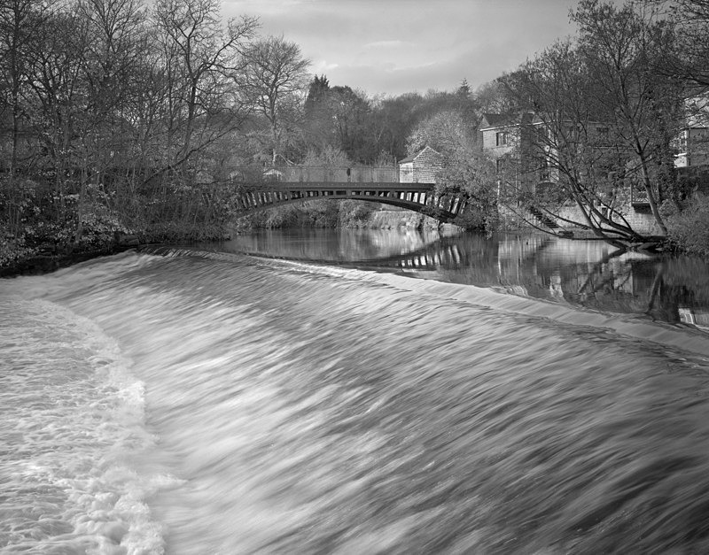 Newlay Bridge and Wier, Horsforth - Water