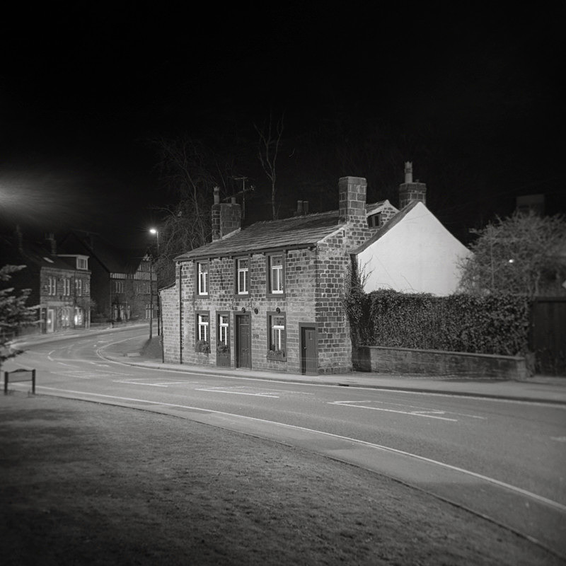 Black and White Photograph of the Mansons Arms Otley