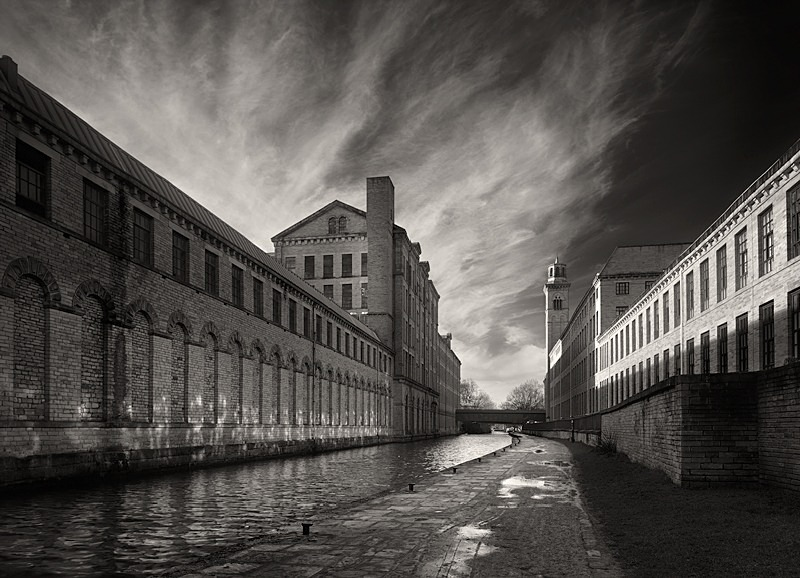 Light on the Mill - Architecture