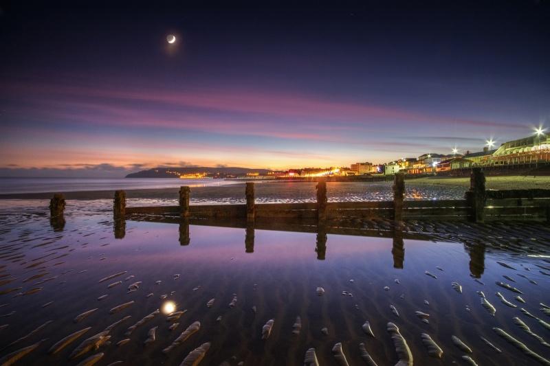 z2601 Cresent Moon at Dusk, Sandown Beach - Sandown, Shanklin, Luccombe and Wroxall