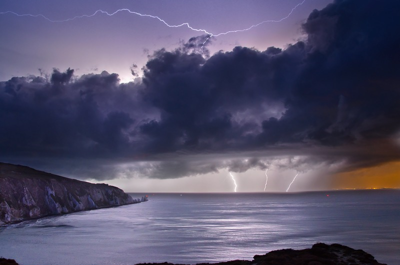 z2293 Storm over the Needles - Freshwater Bay to Colwell Bay