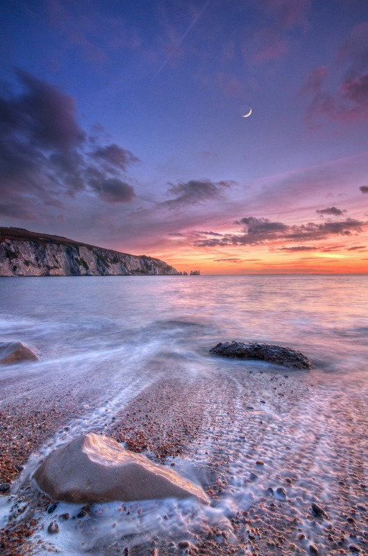 z2382 Alum Bay at Dusk - Freshwater Bay to Colwell Bay