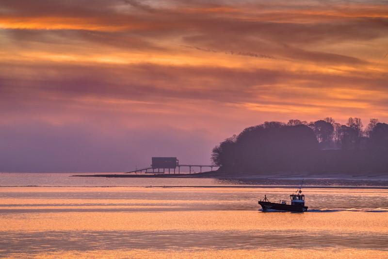 z3198 Sunrise Reds over Bembridge - Latest Photos