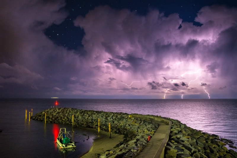 z3112 Channel Storm, Ventnor Marina - The Lightning Gallery