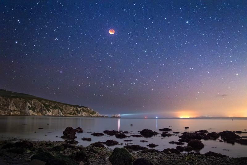 z2795 Supermoon Eclipse over Alum Bay and the Needles - Freshwater Bay to Colwell Bay