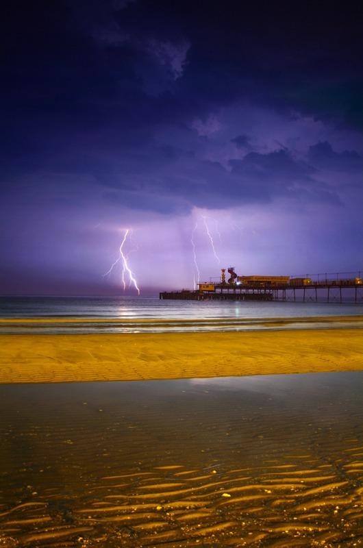 582 Lightning, Sandown Pier - The Lightning Gallery