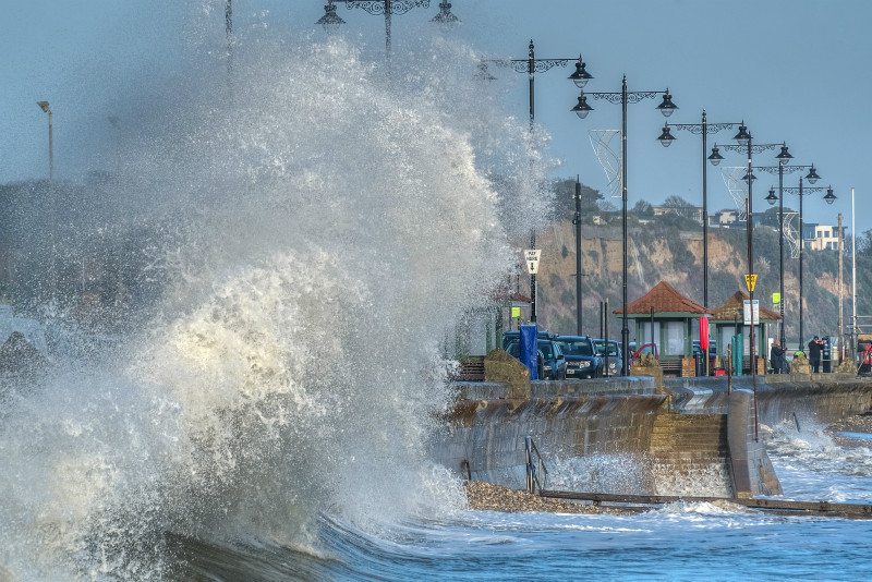 z3160 Waves and Spray Shanklin - Sandown, Shanklin, Luccombe and Wroxall