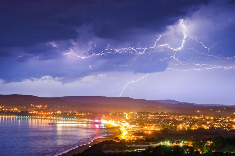 z1977 Lightning over Sandown Bay - Sandown, Shanklin, Luccombe and Wroxall