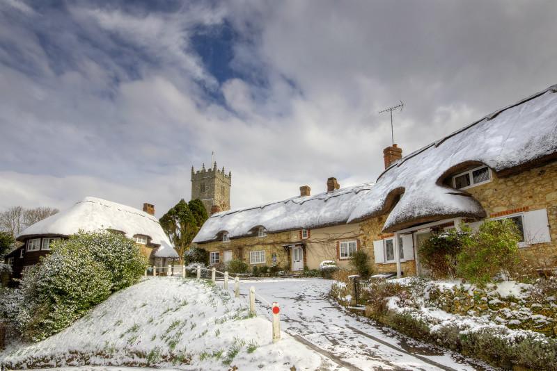 z2170 Godshill in the Snow - The Inner Island inc Newport & Godshill