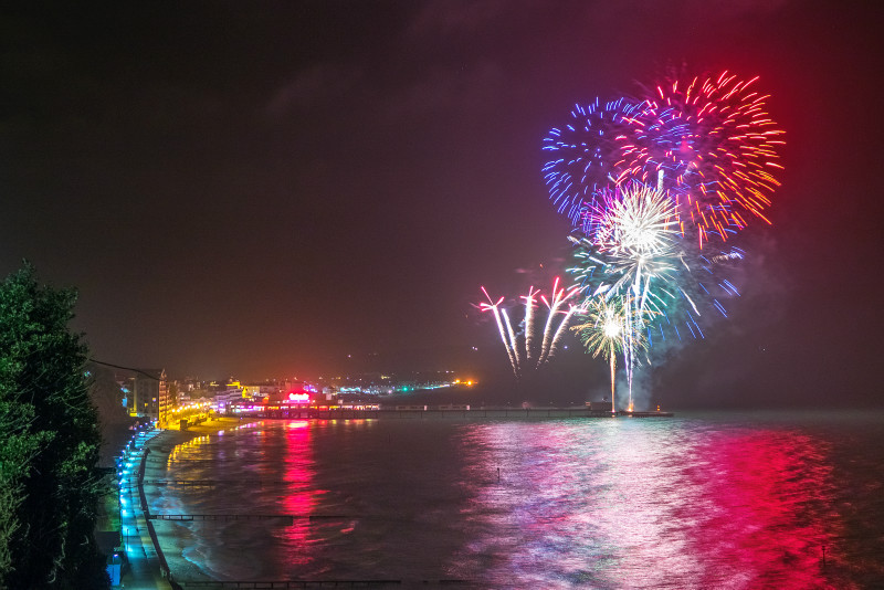 z2820 Sandown Fireworks - Sandown, Shanklin, Luccombe and Wroxall