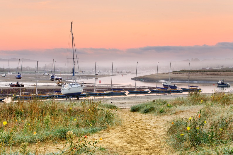 z2274 Bembridge Harbour at Dawn - Seaview to Bembridge, Whitecliff Bay and Brading