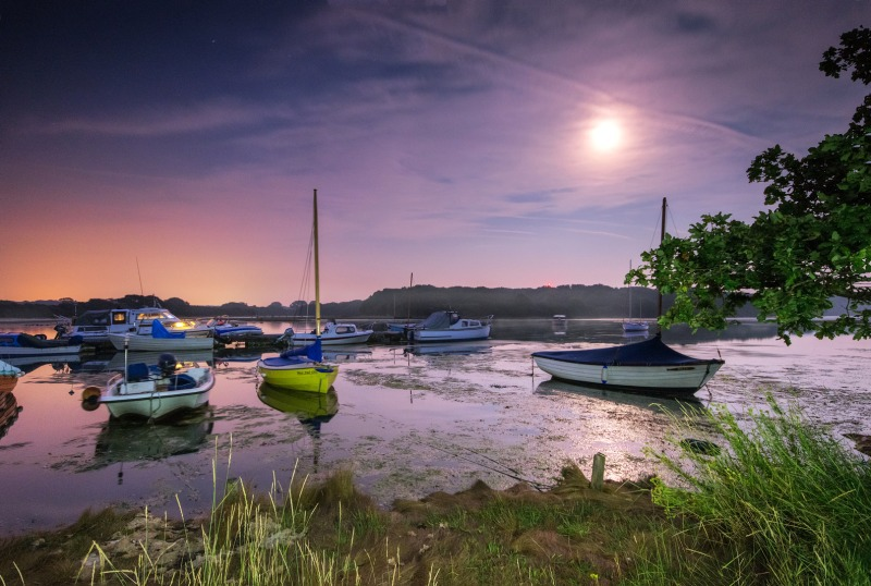 z2519 Shalfleet Quay by Moonlight - Yarmouth to West Cowes