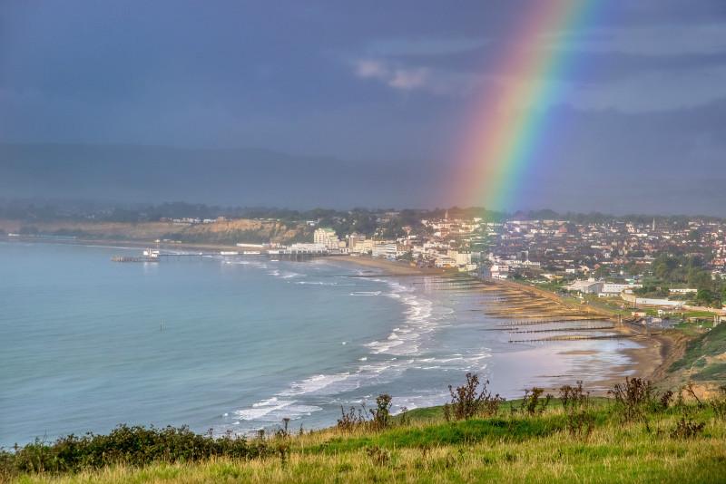 z2786 Rainbow over Sandown Bay - Sandown, Shanklin, Luccombe and Wroxall