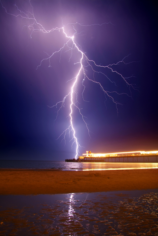 588 Lightning, Sandown Pier - Sandown, Shanklin, Luccombe and Wroxall