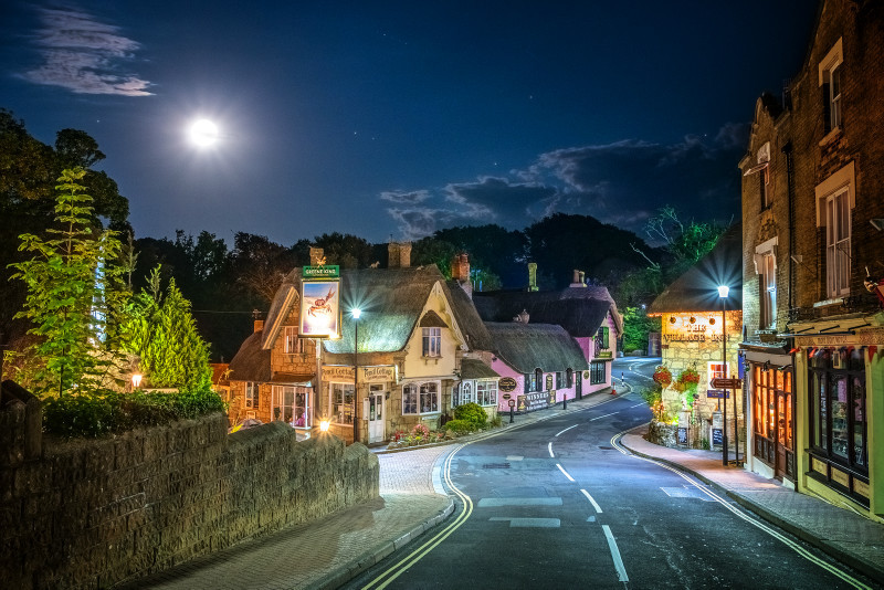 z2941 Shanklin Old Village by Moonlight - Sandown, Shanklin, Luccombe and Wroxall
