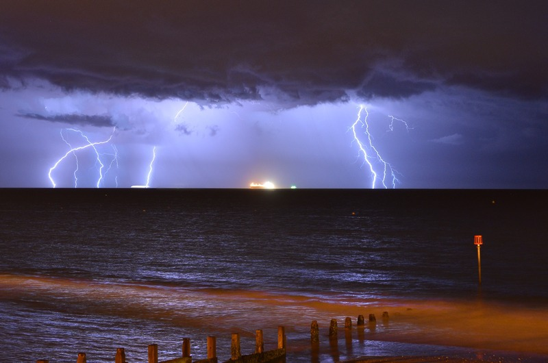 z2240 Evening Storm, Sandown Bay - The Lightning Gallery