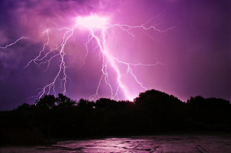 404 Lightning over Blackgang Chine - The Lightning Gallery