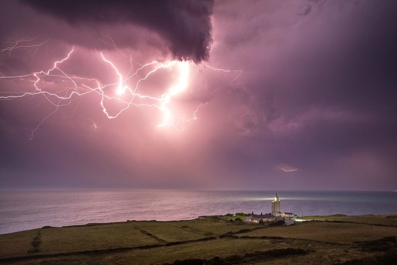 z3088 Lightning over St Catherines Lighthouse - The Lightning Gallery