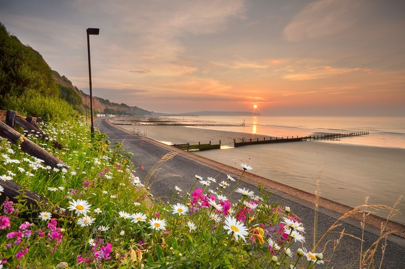 z2237 Sunrise over Sandown Bay - Sandown, Shanklin, Luccombe and Wroxall