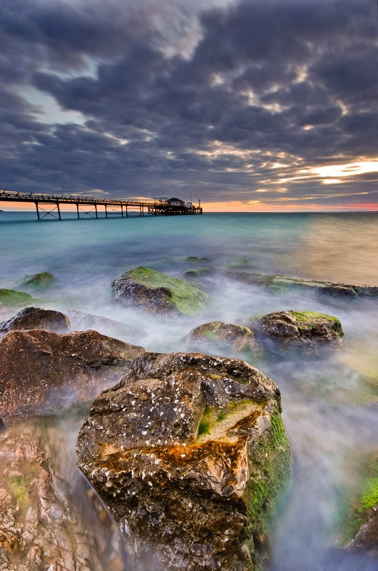 z2295 Totland Pier - Freshwater Bay to Colwell Bay