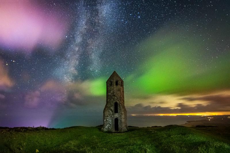 z3095 Rainbow Clouds, St Catherine's Oratory - Ventnor to St Catherine's inc Bonchurch & Whitwell