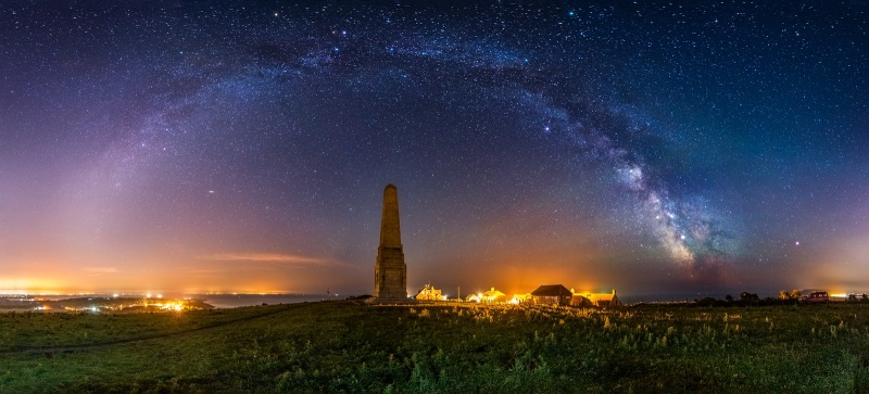 z2740p Yarborough Monument under the Stars, Culver Down - Sandown, Shanklin, Luccombe and Wroxall