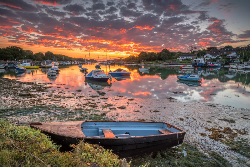 z3071 Summer Sunrise, Wootton Creek - East Cowes to Ryde inc Haventstreet, Ashey