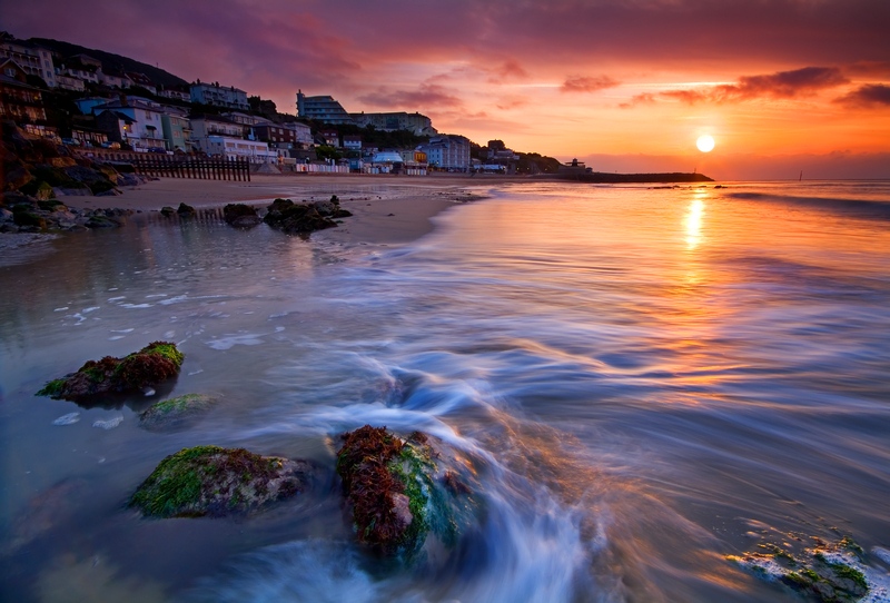 z1133 Ventnor Bay at Sunrise - Ventnor to St Catherine's inc Bonchurch & Whitwell