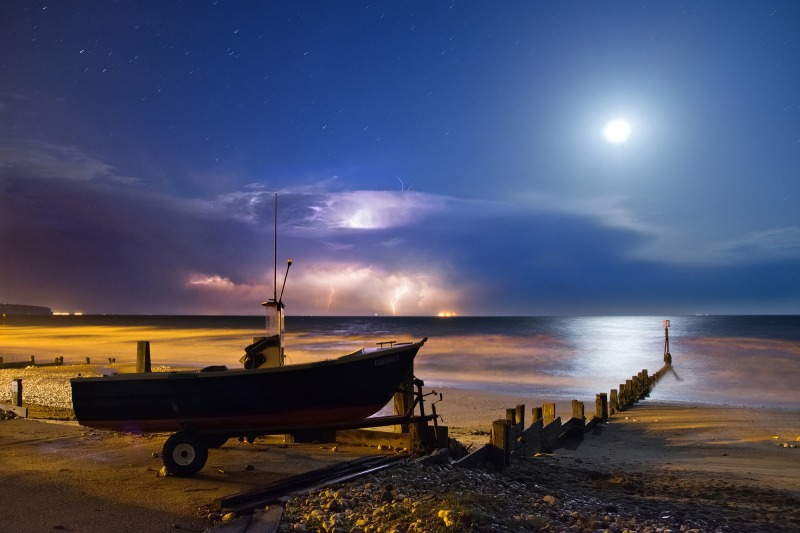 z2481 Midnight Storm, Shanklin Beach - The Lightning Gallery