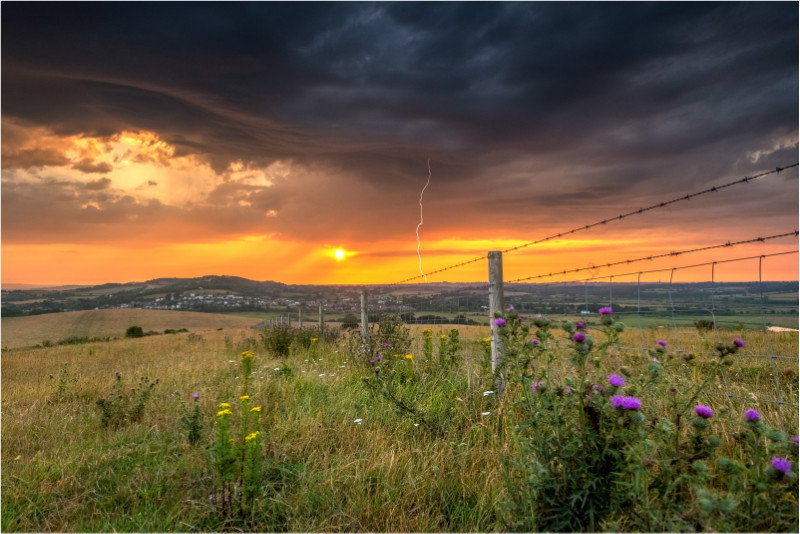 z2766 Sunset Storm overlooking Brading - The Lightning Gallery