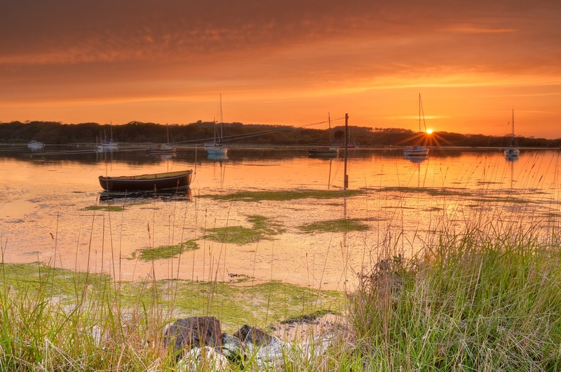 z2384 Newtown Creek at Sunset - Yarmouth to West Cowes