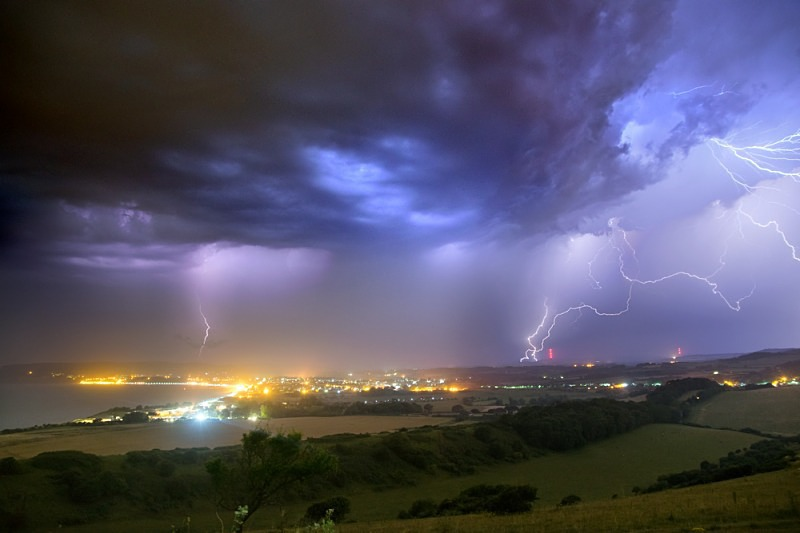 z2470 Night Storm over Sandown Bay - Sandown, Shanklin, Luccombe and Wroxall