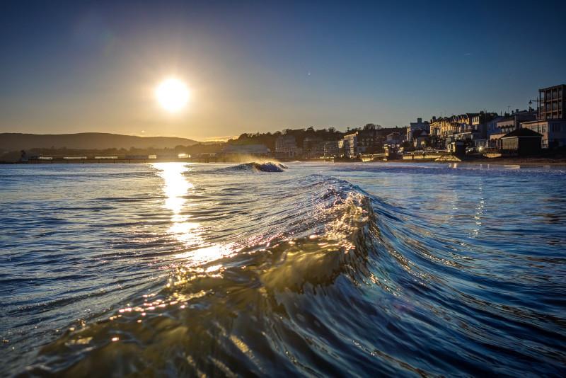 z2856 Sandown Evening Waves - Sandown, Shanklin, Luccombe and Wroxall