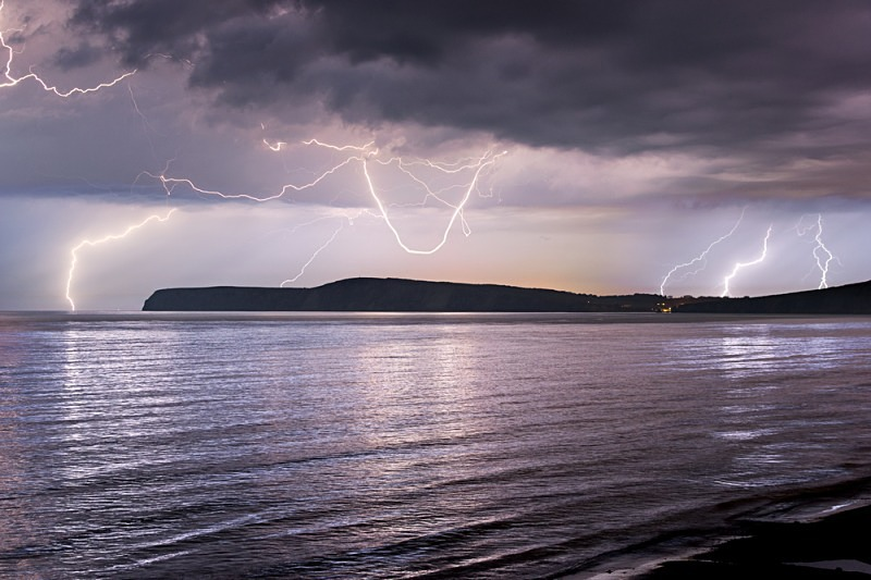 z2468 Storm over Compton Bay - The Lightning Gallery